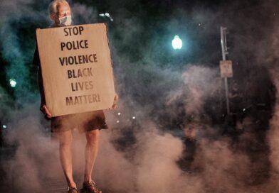 Indignación y furia por un nuevo caso de racismo y dos asesinatos en una protesta